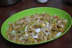 Chotpoti nel Bangladesh che è famoso per il suo gusto agrodolce immagini stock