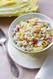 Chou de chine, maïs et salade de surimi Photos libres de droits
