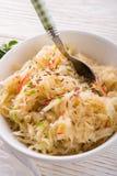 Choucroute avec des ingrédients Photo stock