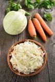 Choucroute et légumes frais Photo stock