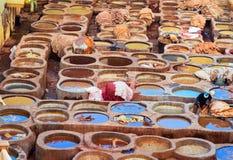 Chouwara传统皮革厂在菲斯,摩洛哥 图库摄影