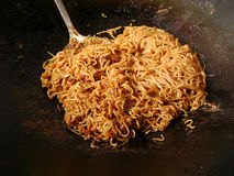 Chow mein in wok cooking Royalty Free Stock Images