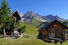 Choza alpina en Fuciade Foto de archivo libre de regalías