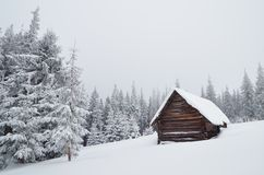 Choza de la montaña Fotos de archivo libres de regalías