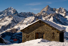 Choza de la montaña Imagenes de archivo
