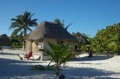 Choza de la playa de Tulum Imagen de archivo
