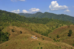 Choza de la tradición en la montaña en la provincia de NaN, norte de Tailandia Fotos de archivo libres de regalías