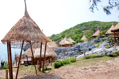 Choza del centro turístico en Tailandia. Imagen de archivo libre de regalías
