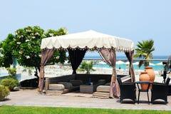 Choza en la playa en el hotel de lujo Foto de archivo libre de regalías