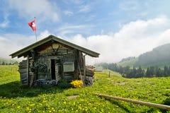 Choza suiza tradicional Imágenes de archivo libres de regalías