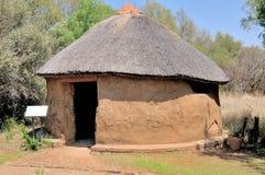 Choza tradicional del Sotho Foto de archivo