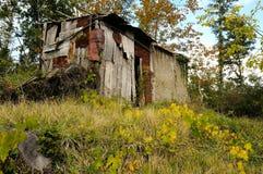 Choza vieja en un bosque en Toscana en otoño Imágenes de archivo libres de regalías