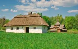 Choza vieja ucraniana del registro Fotos de archivo