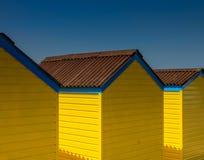 Chozas amarillas de la playa Fotografía de archivo