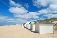 Chozas azules de la playa en Texel Imágenes de archivo libres de regalías
