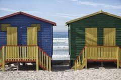 Chozas coloridas de la playa Foto de archivo