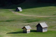 Chozas en el prado Imagenes de archivo