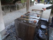 Chozubachi devant le temple bouddhiste photographie stock