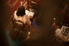 Chrétiens palestiniens à l'église de St Porphyrius à Gaza Image stock