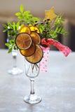 Chriastmas-Dekoration mit Zitrusfruchtstöcken Stockbild