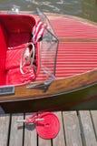 Chris Craft Dizzy! alla manifestazione di mogano della barca di memorie fotografie stock