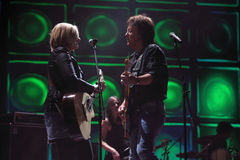 Chris Norman sings with woman on scene Stock Images