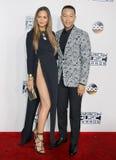 Chrissy Teigen och John Legend royaltyfri bild