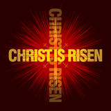 Christ wird gestiegen Rote Tulpe und farbige Eier Stockfotografie