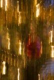Christbaumkerzen verwischt in squiggly Linien der Farbe und des Lichtes Lizenzfreie Stockfotografie