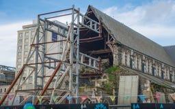 Christchurch, Nueva Zelanda - October-01-2017: Arruinado de la catedral anglicana de Christchurch da?ada despu?s de la tierra gra fotos de archivo libres de regalías