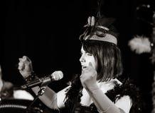 Christel Kern die chanson zingen Portret van Franse actrice scène stock foto's