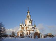 Christelijke tempel in de winter zonnige dag Stock Foto's