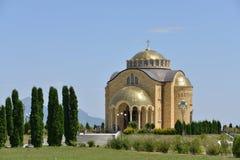 Christian Church dans les eaux minérales caucasiennes Images libres de droits
