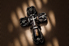 Christian Cross antique. Photographie stock libre de droits