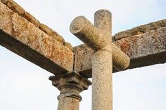 Christian Cross dans le monument des quatre courriers, Avila, Espagne photo libre de droits