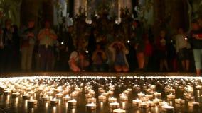 Christian People Taking toutes les lumières allumées banque de vidéos