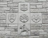 Christian Religious Symbols no fundo da parede de pedra fotografia de stock
