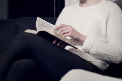 Christian woman reading the Bible Royalty Free Stock Photography