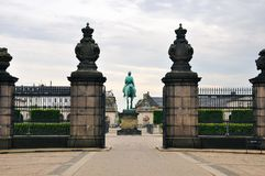 Christianborg宫殿正面图在哥本哈根,丹麦 库存图片