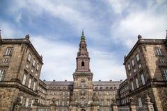Christiansborg宫殿在哥本哈根,丹麦 图库摄影