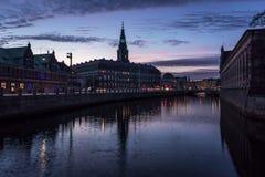 Christiansborgpaleis in Kopenhagen Denemarken stock fotografie