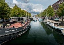 Christianshavns Kanal em Copenhaga Dinamarca fotografia de stock
