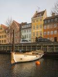 Christianshavns Kanal em Copenhaga, Dinamarca fotografia de stock royalty free