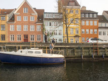 Christianshavns Kanal em Copenhaga, Dinamarca imagens de stock