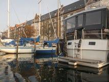 Christianshavns Kanal em Copenhaga, Dinamarca imagens de stock royalty free