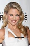 Christie Brinkley chega na noite da inauguração do jogo   foto de stock royalty free