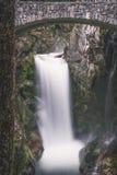 Christine Falls i monteringen Rainier National Park Royaltyfri Fotografi
