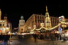 Christkindlesmarkt (рынок рождества) в Нюрнберг Стоковые Фото