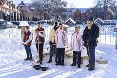 Christliche Liede, Ukraine, Transcarpathian Region, Polyana-Dorf, Januar stockfotografie
