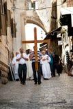 Christliche Prozession auf Jerusalem über Dolorosa stockbild